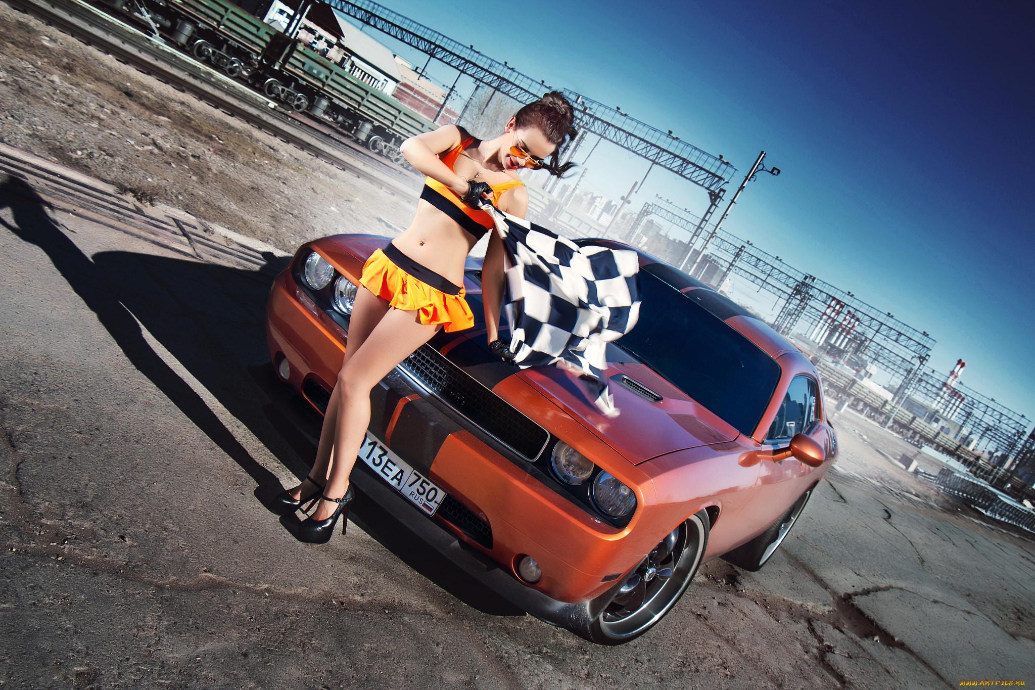 Фотосессия с машиной на гонках